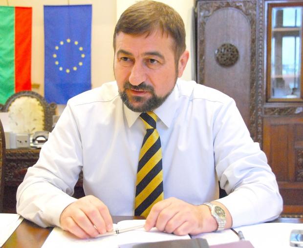 Гребенаров с благотворителна инициатива, вместо рожден ден 3