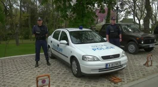 Община Созопол подари автомобил на полицията в града 1