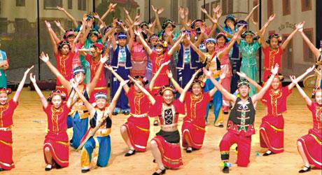 Децата на Хонг Конг пеят в Созопол 2