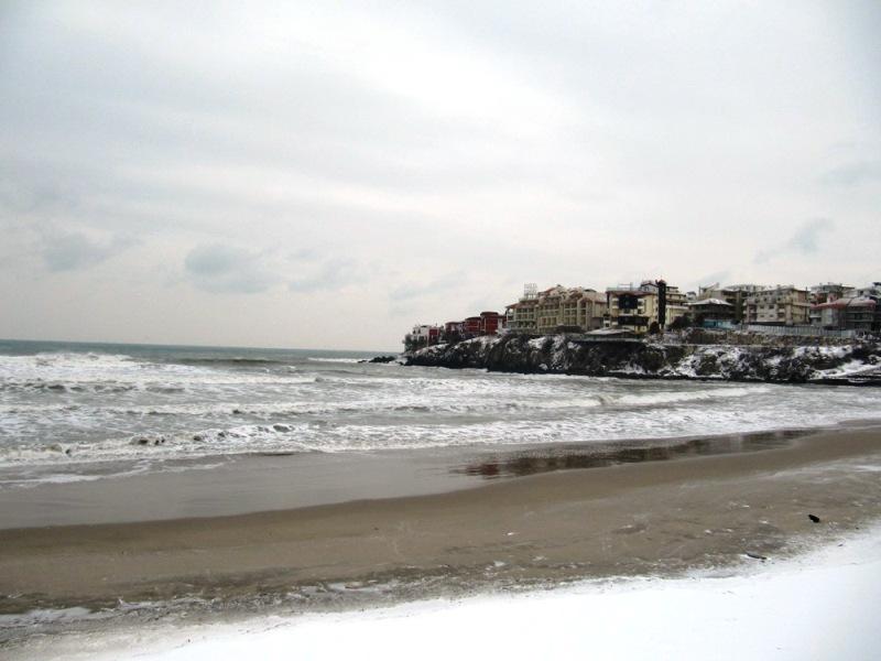 Созопол овладя първият сериозен снеговалеж 2
