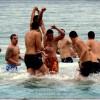 Младежи спасиха Светия кръст в Созопол 2